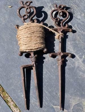 Cast Iron String Line