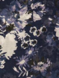 Midnight_garden_closeup_v1