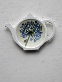 Agapanthus_teabag_holder
